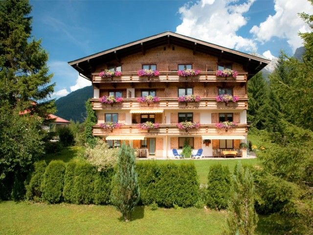 Pension Grieseltal in St. Ulrich am Pillersee im Sommer